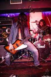 Chechu -bajista- y Julen Gil -baterista- de Positiva, Barakaldo. 2006