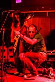 """Óscar Hernández """"Trash"""" -guitarra- y Robertez -voz y armónica- de Motociclón (Freakland Festival, Ponferrada, 2006)"""