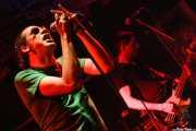 Robertez -voz y armónica- y Raimón Trabas -bajo- de Motociclón (Freakland Festival, Ponferrada, 2006)