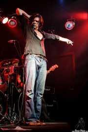 Tex Perkins, cantante de Beasts of Bourbon, Sala Tótem, Atarrabia (Villaba). 2006