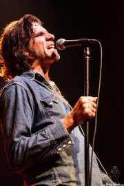 Tex Perkins, cantante de Beasts of Bourbon, Kafe Antzokia, Bilbao. 2006