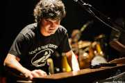 Oscar Gil, organista y armonicista de The Soulbreaker Company (Kafe Antzokia, Bilbao, 2006)