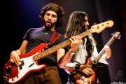 Jose Javier Manzanedo -bajo- y Asier Fernández -guitarra- de The Soulbreaker Company (Kafe Antzokia, Bilbao, 2006)