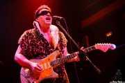 Eddie Angel, guitarrista de The Neanderthals (Kafe Antzokia, Bilbao, 2006)