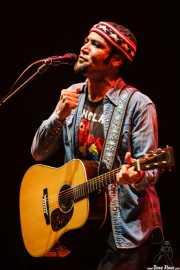 Ben Harper, cantante y guitarrista de Ben Harper & The Innocent Criminals, Bilbao Live, Bilbao. 2006