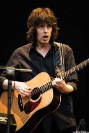 Mike Scott, cantante, guitarrista y pianista de The Waterboys (Azkena Rock Festival, Vitoria-Gasteiz, 2006)