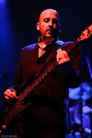 Simon Wring, bajista de Gallon Drunk (Kafe Antzokia, Bilbao, 2006)