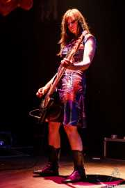 Fiona Kitschin, bajista de The Drones, Kafe Antzokia, 2006