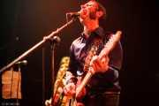José Ramón Rioja -voz y guitarra- y Ainoa Astiazaran -guitarra- de Paniks (Hell Dorado, Vitoria-Gasteiz, 2006)