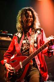 Toody Cole, bajista y cantante de Dead Moon, Hell Dorado. 2006