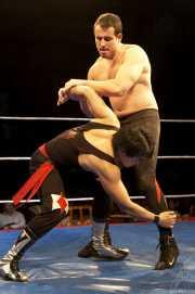007-wrestling-makoto-vs-bammer