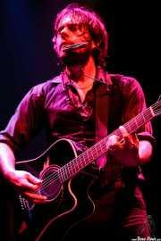 Serge Bielanko, guitarrista, cantante y armonicista de Marah, Kafe Antzokia, 2007