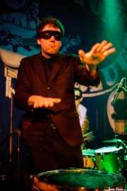 Greg Townson -cantante invitado- de The Neanderthals (Freakland Festival, Ponferrada, 2007)