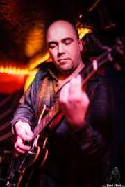 Oskar González, guitarrista de Edu Manazas & The Whiskey Tren, Savoy Drinks & Music, Gijón. 2007
