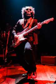 El Beat, guitarrista de Los Tiki Phantoms (Bilborock, Bilbao, 2007)