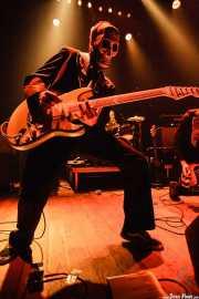 El Canibal, guitarrista de Los Tiki Phantoms (Bilborock, Bilbao, 2007)
