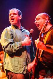 Iñigo Goikoetxea -cantante- y Alberto González -guitarrista- de Aterkings, Kafe Antzokia. 2007
