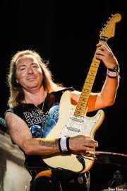 Dave Murray, guitarrista de Iron Maiden, Bilbao BBK Live, 2007