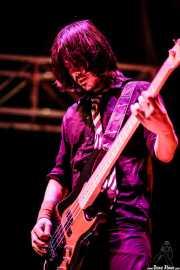 JC Luque, bajista de Maika Makovski, Grande Rock Festival, Jaraiz de la Vera. 2007