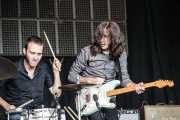 """Roberto Lozano """"Loza"""" -baterista- y Fernando Pardo -guitarra- de Los Coronas, Azkena Rock Festival, Vitoria-Gasteiz. 2007"""