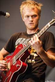 Adam Stephens, cantante, guitarrista y armonicista de Two Gallants, Azkena Rock Festival, Vitoria-Gasteiz. 2007