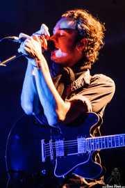 Tom Smith, cantante, guitarrista y teclista de Editors (Santana 27, Bilbao, 2007)