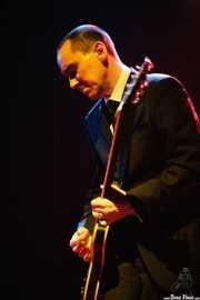 Kris Dollimore, guitarrista de The Godfathers (Kafe Antzokia, Bilbao)