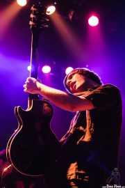 Gaizka Insunza, cantante, pianista, guitarrista y saxofonista de Audience , Kafe Antzokia. 2008