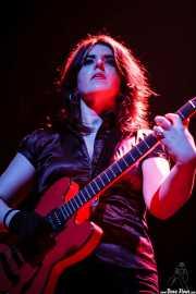 Ainoa Astiazaran, guitarrista de Paniks (Kafe Antzokia, Bilbao, 2008)