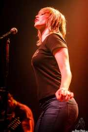 Jennifer Stephens, cantante de Young Heart Attack, Kafe Antzokia, Bilbao. 2008