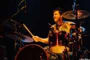 Joey Shuffield, baterista de Young Heart Attack, Kafe Antzokia, Bilbao. 2008