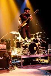 "Chris ""Frenchie"" Smith, guitarrista de Young Heart Attack, Kafe Antzokia, Bilbao. 2008"