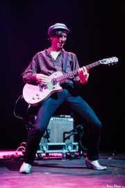Keith Streng, guitarrista y cantante de The Fleshtones (, , 2008)