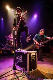 Ken Fox -bajo y voz-, Bill Milhizer -batería- y Keith Streng -guitarra y voz- de The Fleshtones (, , 2008)