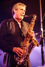 Rob Lind, saxofonista y armonicista de The Sonics, Santana 27, Bilbao. 2008