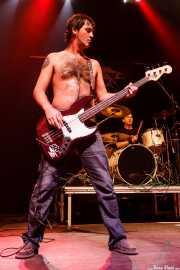 """Txelu """"Porco"""", bajista de Porco Bravo, Kafe Antzokia, 2008"""