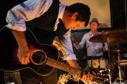 Mark Sasso -guitarrista- y Stephen Pitkin -baterista-, de Elliott Brood, El Balcón de la Lola, 2008