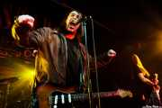 Dave Wyndorf -voz y guitarra- y Ed Mundell -guitarra- de Monster Magnet (Sala Rockstar, Barakaldo, 2008)