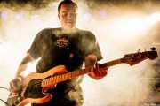 Iker Etxebarria, bajista de Aterkings, Sala Rockstar. 2008