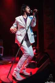 """Sören """"Sulo"""" Karlsson, cantante de Diamond Dogs (Kafe Antzokia, Bilbao, 2009)"""