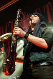 Saxofonista de The Fuzztones (Sala Rockstar, Barakaldo, 2009)