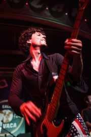 Manu Núñez, bajista de Los Chicos (Freakland Festival, Ponferrada, 2009)