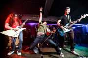 "Óscar Hernández ""Trash"" -guitarra-, Robertez -voz y armónica-, Dani Garcés -batería- y Raimón Trabas -bajo- de Motociclón (Sala Edaska, Barakaldo, 2009)"