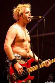 "Tom ""Tommy Goober"" Blyth, bajista de The Toy Dolls, Vitoria-Gasteiz. 2009"