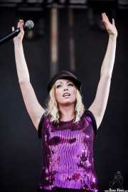 Katie White, cantante y guitarrista de The Ting Tings, Bilbao BBK Live, Bilbao. 2009