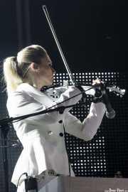 Fiona Brice, cantante, teclista y violinista de Placebo, Bilbao BBK Live. 2009