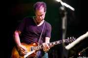 Eric Schermerhorn, guitarrista de Lucinda Williams (Kafe Antzokia, Bilbao, 2009)