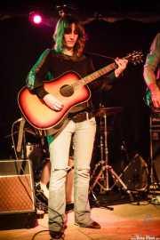 Miren Iza, cantante y guitarrista de Tulsa (Sala Azkena, Bilbao, 2010)
