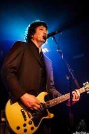 Javier Escovedo, cantante y guitarrista de The Zeros (Sala Azkena, Bilbao, 2010)