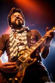 Johnny Hickman, guitarrista de Cracker, Kafe Antzokia, Bilbao. 2010